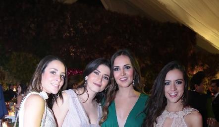 Ximena Castillo, Daniela Díaz, Susy Levenez y Jacky de la Garza.