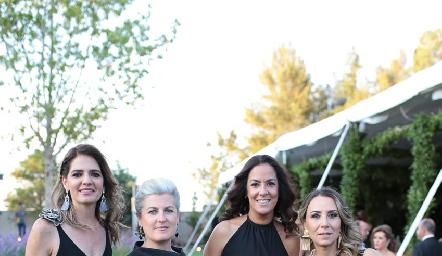 Rosy Rodríguez, María José De Beascoa, Delia Iduarte y Roxana Serna.