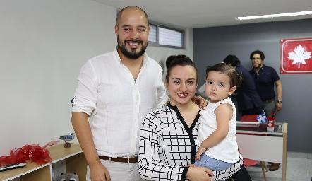 Arturo Gómez, Jazmín García y Jazmín  .