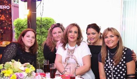 Jeny González, María Calvillo, Graciela Rubín, Georgina Alderete y Graciela Mariel.