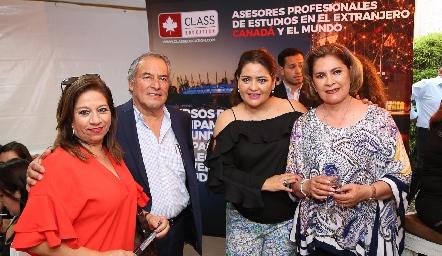 Silvia Yáñez, Jesús Espinoza, Georgina y Neri Alderete.
