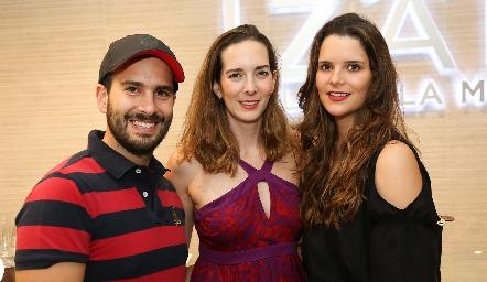 José Martin Alba, Fabiola Martin Alba y Jessica Martin Alba.