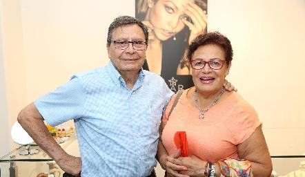 David García y Guadalupe Morales.