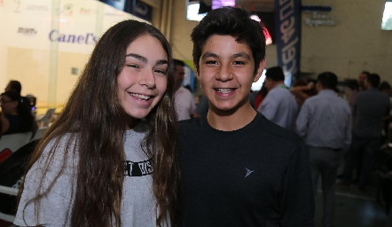 Carolina Galván y Jeferson.