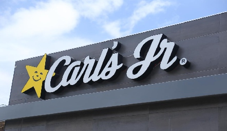 Inauguración Carl´s  Junior.