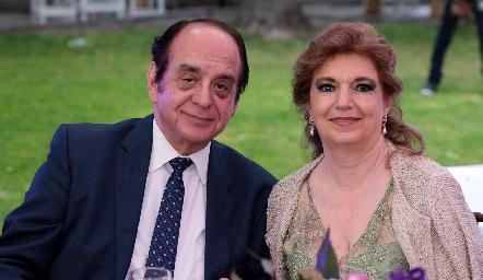 José León y María Elena Abud.