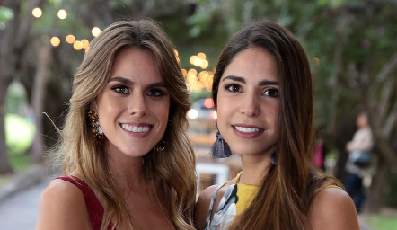 Jocelyn Córdova y Adriana Estrada.