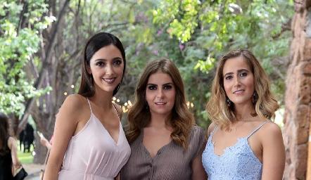 Fernanda Arriaga, Bego Muriel y Lucía Martín Alba.