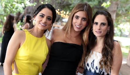 Katia Gómez, Daniela Güemes y Jessica Medlich.