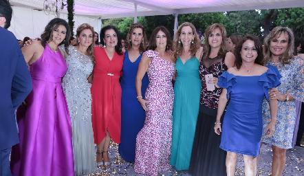 Paty Valades, Lorena Robles, Lupita González. Graciela Torres, Sandra Galván, Gaby Cantú, Sabrina Gaviño, Lucía Bravo y Ana Lilia Von  Der Meden.