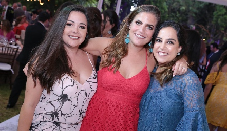 Susana Lozano, Danitza Lozano y Ana Isa Torres.
