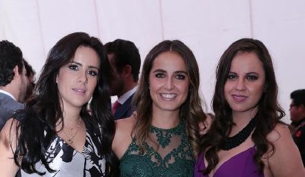 Vero Aranda, Daniela Ornelas y Alejandra Carranza.