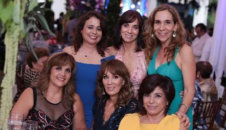 Lucía Bravo, Pituca Espinosa, Gaby Cantú, Sabrina Gaviño, Paty Espinosa y Adriana Sánchez.