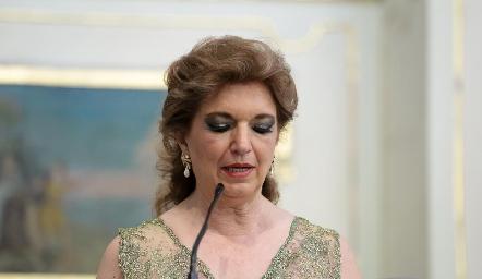 María Elena Abud.