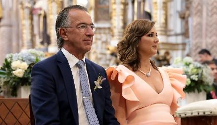 Alejandro y Catherine Abud, papas de Alejandro.