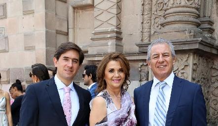 Fernando Abud, Irasema Medellín y Fernando Abud .