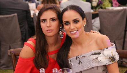 Daniela de la Fuente y Natalia Leal.