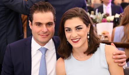 Carlos Saiz y Karina Garza.