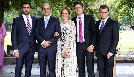 Familia Abud Gómez.