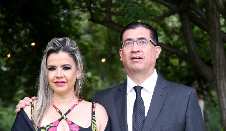 Claudia Gouyonnet y Jaime Flores.