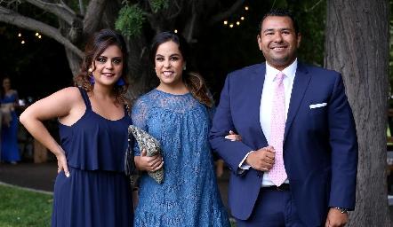 Rubí Martínez, Ana Isa Torres y Alejandro Torres.