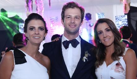 Daniela Rivero, Alejandro Abud y Marcela Rivero.
