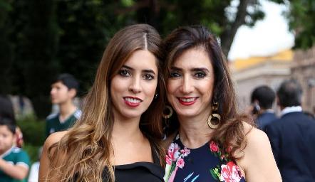 Daniela Güemes y Martha Abud .