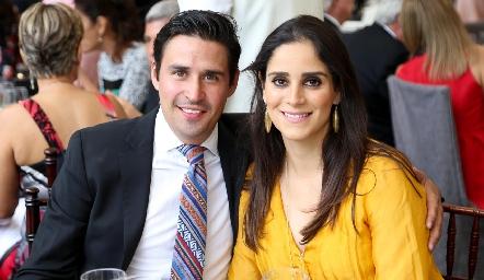 José Alonso y María Rosa Mejía .