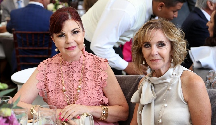 Conchita Barba y Patricia Vivanco .