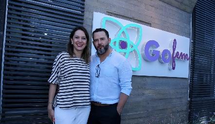 Sra. Sofía Bernal y Dr. José Zermeño Nava.