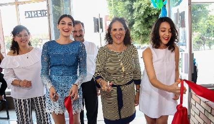 María Fernanda Jiménez, Beatriz Treviño y Astrid Jiménez.