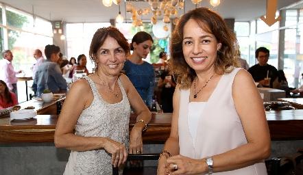 Claudia Canales y Ana Luisa Acosta .