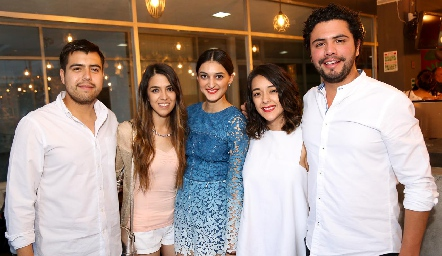 Agustín Palma, Daniela Narro, María Fernanda Jiménez, Astrid Jiménez y Jaime Ruiz.