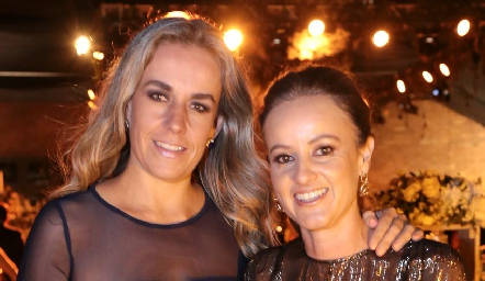Mónica Torres y Romina Madrazo.