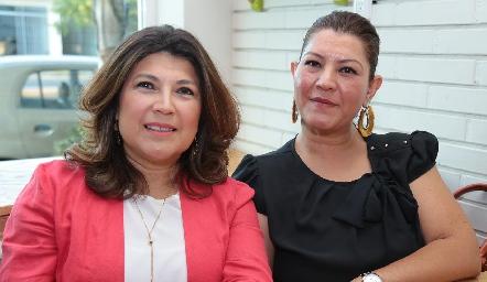Martha y Elizabeth Ibañez.