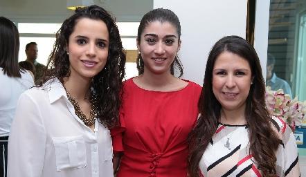 Adriana Guerra, Gaby Cerda y Mónica Herrera.