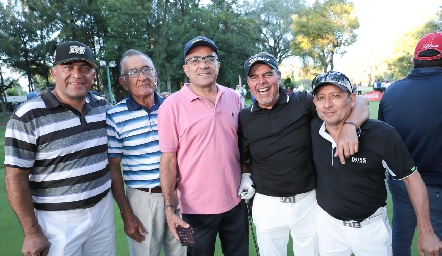 Rafael Contreras, Jesús Contreras, Benito Contreras, Carlos Moro Contreras y Ernesto Vázquez Contreras.