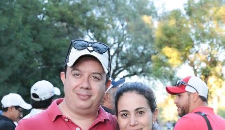 Alejandro de la Rosa y Mariana González.