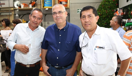 Jorge Ibarra, Arturo Domínguez y José María.