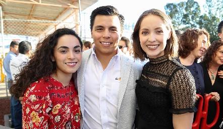 María, Lisandro y Laura Bravo.