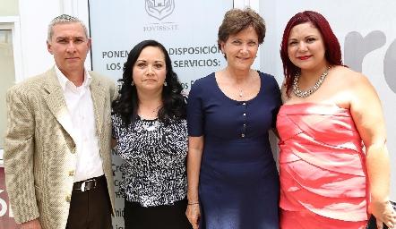 Martin Arias, Lina del Carmen Juárez, Rosario Fernández y Karla Ramos.
