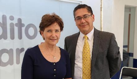 Rosario Fernández y Alfonso Castillo .