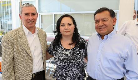Martin Arias,  Lina del Carmen Juárez y Ricardo Arce.