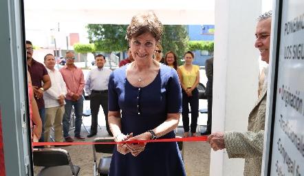 Rosario Fernández .