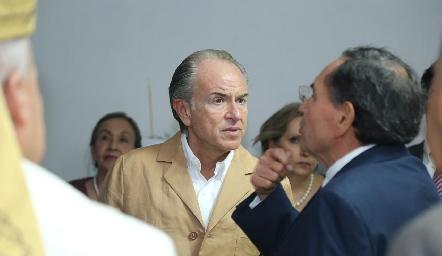Juan Manuel Carreras, Gobernador del Estado en la Inauguración de Laboratorio Tequis.