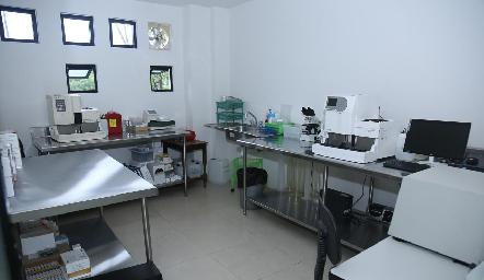 . Inauguración de Laboratorio Tequis