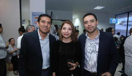 Mauricio Orozco, Gabriela Sandoval y Jorge García.