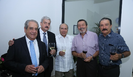 Manuel Márquez, Alfonso Martínez, Francisco Guzmán, Nicolás Pérez y Macario Berrones.