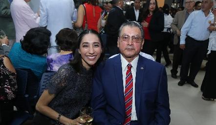 Gabriela Barrios y Pedro Barrios.