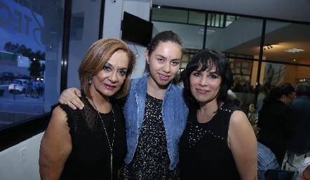Marcela Mier, Emma Lastras y Gaby.